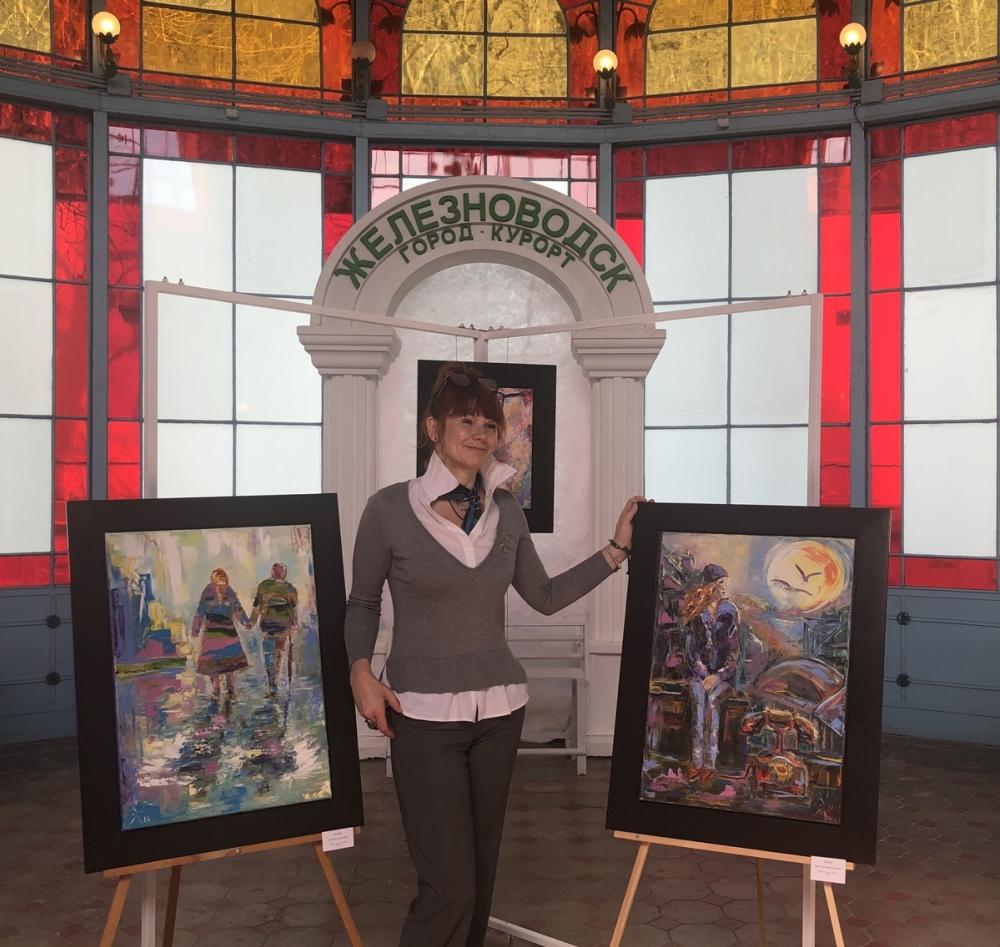 На Ставрополье открылась выставка известной российской художницы Эланы