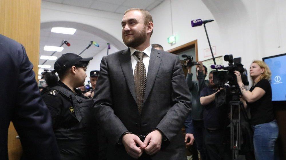 Следственный комитет направит Рауфа Арашукова на психолого-психиатрическую экспертизу