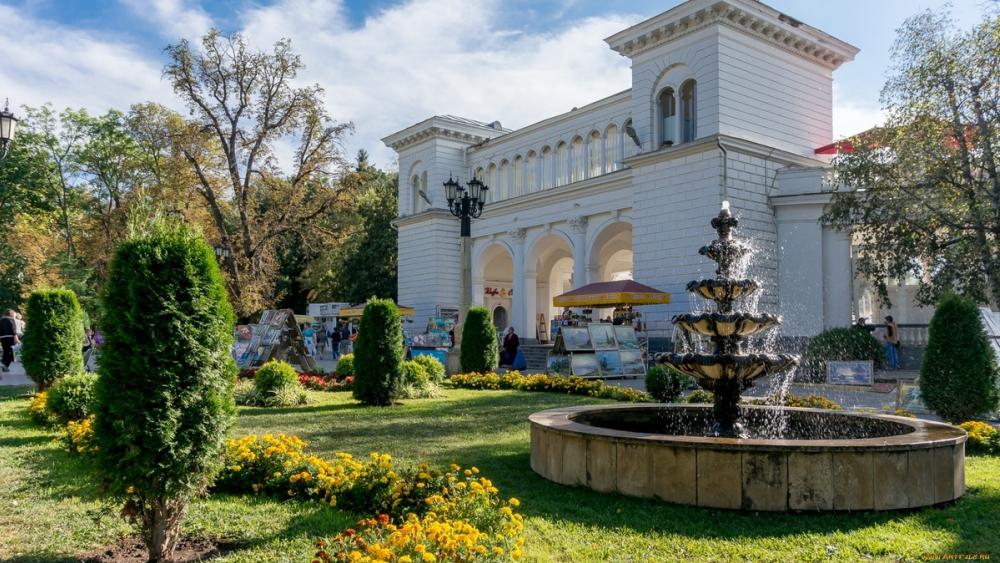 Кисловодск один из популярных городов для отдыха с детьми на каникулах