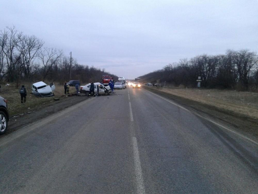 Двое пассажиров «Гранты» погибли и четверо пострадали в аварии на Ставрополье