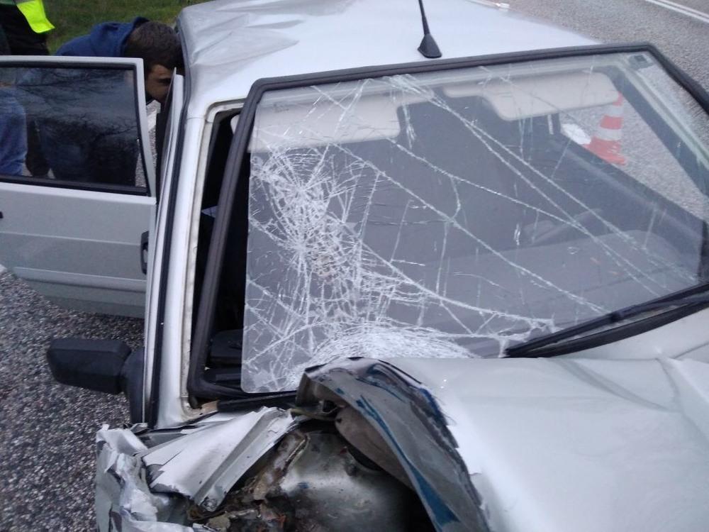 20-летняя девушка пострадала в столкновении ВАЗа с пассажирским микроавтобусом на Ставрополье