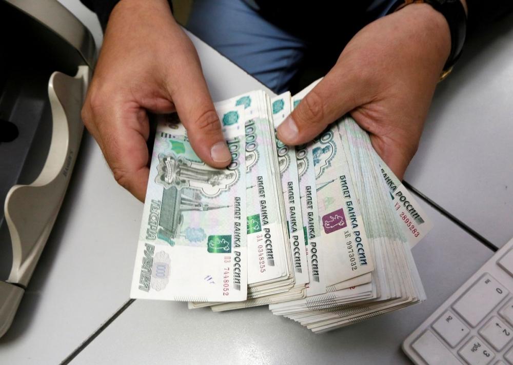 В Ставрополе сотрудница ломбарда обвиняется в краже крупной суммы денег