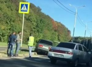Тройное ДТП с «вылетом» «семерки» на разделительную полосу произошло в Ставрополе