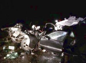 Попавшему в страшную аварию на Ставрополье водителю «Мерседеса» требуются доноры крови