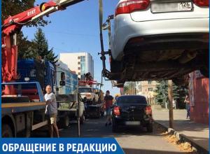 «Зачем поставили запрещающие знаки с двух сторон односторонней дороги? Это перебор», - житель Ставрополя