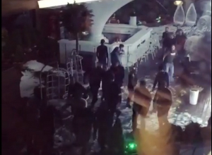 «В перестрелке в ночном клубе Пятигорска погиб человек», - очевидцы