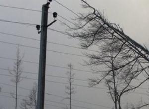 11 населенных пунктов остались без света из-за урагана на Ставрополье