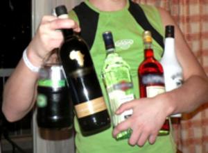 37-летний мужчина истреблял алкоголь, вламываясь по ночам в магазины Ставпрополя