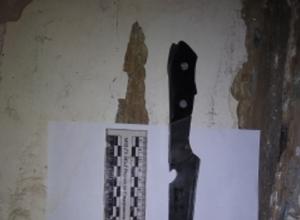На предложение заняться сексом женщина вонзила нож в спину кавалеру на Ставрополье