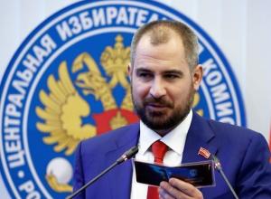 Подпись кандидата в президенты Сурайкина внезапно забраковали члены избиркома Карачаево-Черкесии