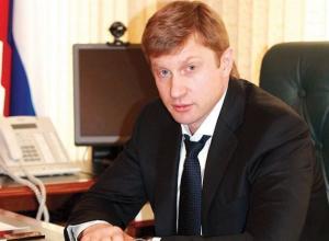 Попавшего под домашний арест главу ставропольского минстроя Игоря Васильева временно отстранили от должности