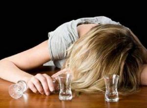 Ставропольчанки рассказали, почему любят прикладываться к бутылке