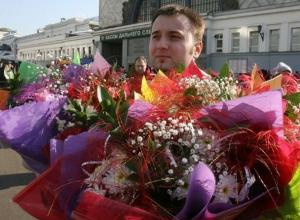 Ставропольские мужчины смогут выбрать шикарные букеты цветов для женщин на 8 марта