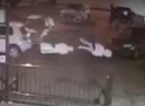 Молодые люди «утащили» человеческие фигуры из офиса в Ставрополе