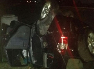 Перевернувшую по невнимательности внедорожник 36-летнюю женщину в коме отвезли в реанимацию в Ставрополе