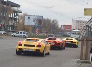 Таинственный кортеж из трех «Ламборджини» на улицах Ставрополя заинтриговал горожан
