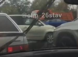 «Транспортный коллапс»: Ставрополь «встал» после небольшого осеннего дождя