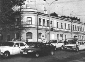 «Калужское подворье»: история имения ставропольского прозаика и драматурга, известного во всем мире