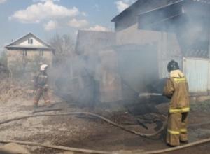 Пожар произошел в садовом товариществе Ставрополя