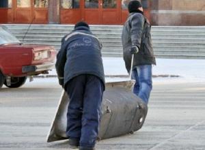 Горе-охранник сговорился с подельниками и позволил им обворовать предприятие на Ставрополье