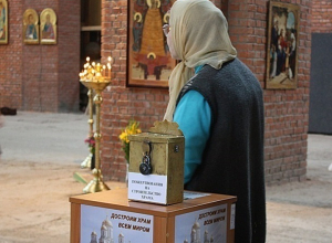 Церковную утварь и 3 тысячи рублей украл из храма мужчина на Ставрополье