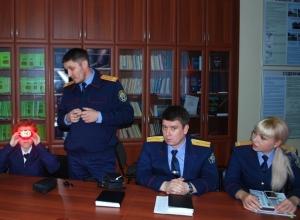 Где учат на следователя и как им стать рассказали подросткам в Ставрополе