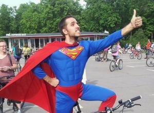 Бэтмены, Супермены и русские красавицы проедут на велосипедах по Ставрополю