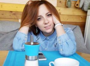 Редактор новостного портала «Блокнот Ставрополя» родила улыбчивую брюнетку