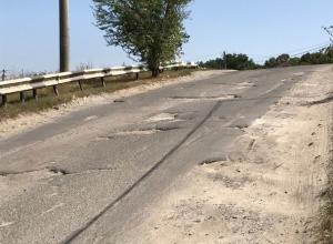 Движение по дорогам на Ташле  больше, чем на Карла Маркса, но на них нет «живого места», - водитель из Ставрополя