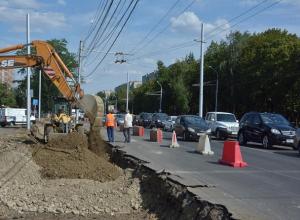 На 5 баллов из 10 оценили состояние дорог и парковок жители Ставрополя
