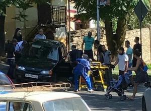 Пострадавших в серьезном ДТП детей увезла «скорая» в Кисловодске, - очевидцы