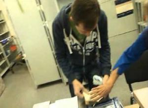 Молодой мужчина пролез на почту и украл чужие посылки на Ставрополье