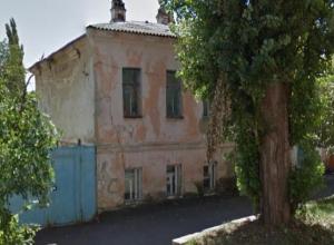Соседи наркопритона в центре Ставрополя боятся за жизни и будущее родственников и детей