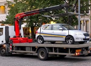 История о потерянном в ГИБДД времени: адвокат судится с думой Ставрополья за право быстро забирать эвакуированные авто