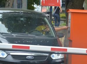 Деньги от платных парковок утекают мимо бюджета Ставрополя