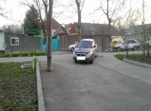 Самодельный мотоцикл и «Приора» столкнулись в Пятигорске