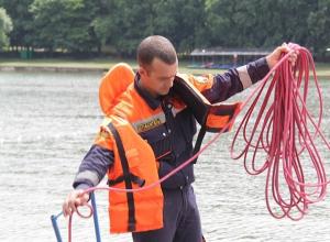Тело мужчины, пролежавшее в реке несколько дней, вытащили спасатели на Ставрополье