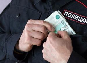 Полмиллиона штрафа присудили подполковнику полиции за взятку на Ставрополье