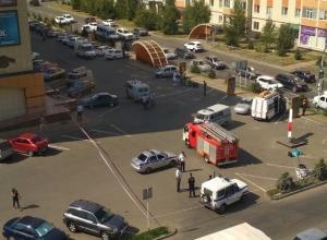 Экстернные службы оцепили ТЦ «Маршал» в Ставрополе