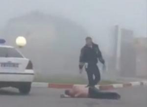 Мертвецки пьяный таксист приехал на заправку и попал на видео в Ставрополе