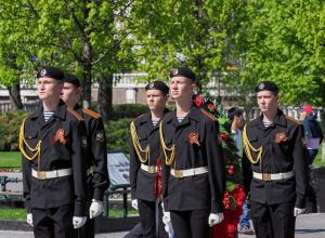 Знаменитый мемориал у стен московского Кремля доверили охранять юнармейцам со Ставрополья