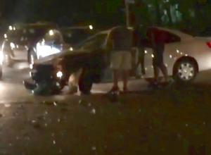 Устроившего серьезную аварию с тремя пострадавшими водителя «Фольксвагена-Джетта» разыскивают по всему Ставрополю