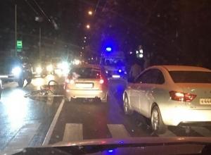 Велосипедист попал в больницу после наезда «Калины» в центре Ставрополя