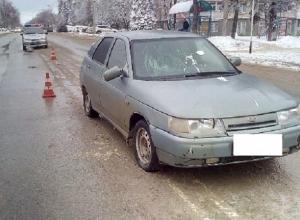 Неопытный водитель-нарушитель сбил женщину на пешеходном переходе в Ставрополе