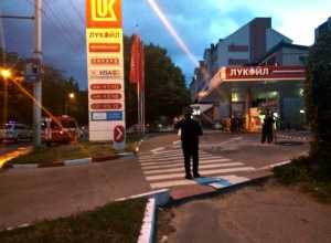 Улицу Лермонтова перекрыли из-за возгорания на заправке в Ставрополе