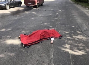 61-летнюю пенсионерку сбил насмерть и бросил на дороге водитель под Ставрополем