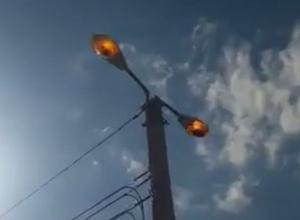 «Почему днем фонари везде горят, а ночью - кромешная тьма?» - жители Ставрополья
