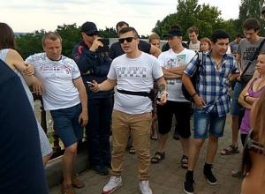 Не митинг, а «встреча»: на Крепостной горе в Ставрополе ради протеста собрались полсотни человек