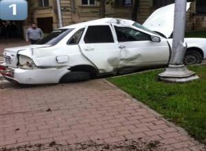 Машину скорой помощи отказался пропускать упрямый водитель «Приоры» в Пятигорске