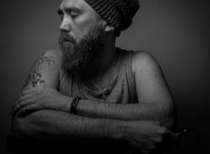 Лица города: Иван Еремин - художник и фотограф с необычным для мужчины хобби
